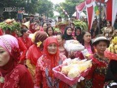 DIRESMIKAN: Peresmian Pasar Sangkrah Solo berlangsung meriah, Selasa (16/1).