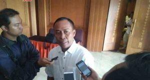 BERI DUKUNGAN: Ketua Persatuan Purnawirawan Indonesia Raya (PPIR) Jateng DIY, Sutar, siap menangkan pasangan Sudirman Said dan Ida Fauziyah di Pilgub Jateng 2018. FOTO : AMBAR ADI WINARSO / JATENG POS