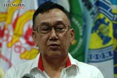 Foto : Ketua Umum KONI Jateng Brigjen TNI (Purn) Subroto disela kegiatan cofffe morning di kantor KONI Jateng. Alkomari/Jateng Pos