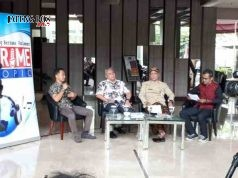 "DISKUSI KEBENCANAAN: (dari kiri) Sekretaris Komisi E Abdul Hamid, Ketua Studi Kebencanaan Unnes Ananto Aji dan Kalahar BPBD Jateng Sarwa Pramana dalam Prime Topic DPRD Jateng dengan tajuk ""Mitigasi Bencana Alam"" di Quest Hotel, Semarang, Senin (15/1)."