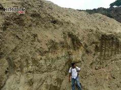 BERHENTI: Aktifitas tambang galian C di Desa Ngraho, Kecamatan Kedungtuban sudah berlangsung lama. Namun dari penuturan warga, tambang tersebut sementara waktu berhenti beroperasi.