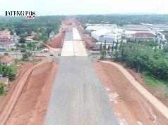 JALAN TOL : Proyek pembangunan Jalan Tol Batang Semarang yang melewati Kecamatan Ngalian diharapkan bisa segera tuntas.