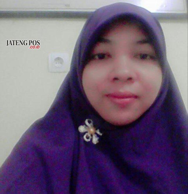 Budi Prihartini, S.Pd.SD SDN 4 Bucu Kecamatan Kembang Kabupaten Jepara