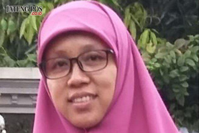 Dwi Purwanti SDN Pohkumbang Karanganyar Kebumen