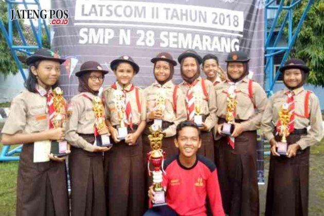ANAK KOMPAS: Latihan kompas competion 2 tahun 2018 SMP N 28 Semarang. Kec Tugu kota Semarang.