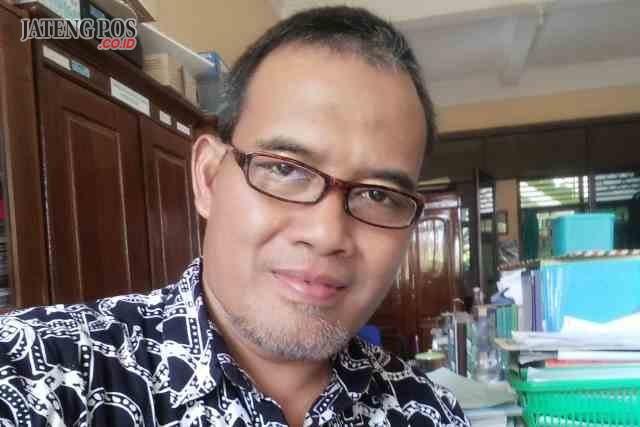 Drs. Muchlis Guru Matematika, SMA Negeri 1 Weleri