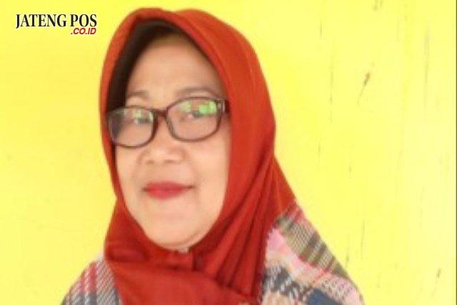 Sri Rahayu Retnoningsih,S.Pd Guru SMP N 1 Penawangan Kab. Grobogan
