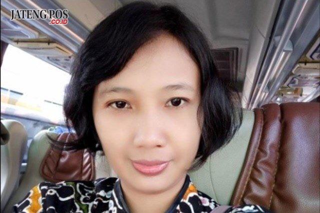 Dina IkaMuliawati, S.Si, M.Pd SMK Negeri 2 Sukoharjo