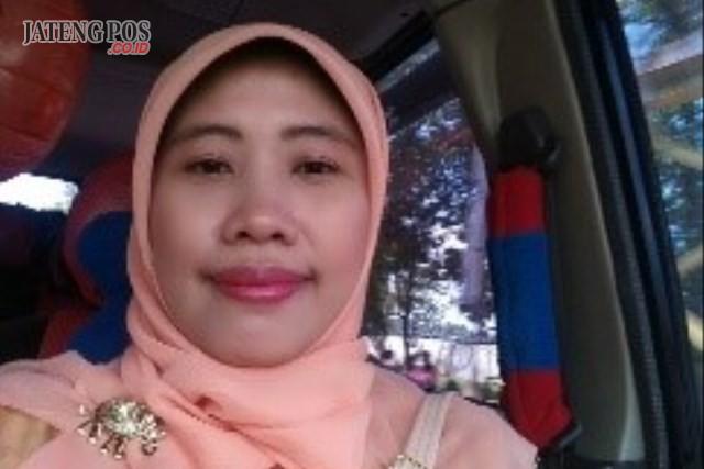 Niniet Herdhian Apriliani, S.Psi Guru BK SMP Negeri 15 Surakarta