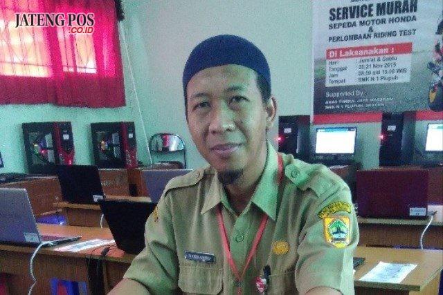 NURYANTO, S. Pd Guru SMK Negeri 1 Plupuh Kabupaten Sragen