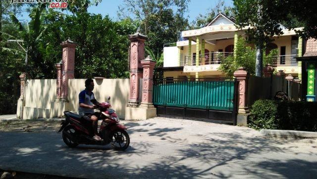 JUAL ASET: Tanah dan bangunan yang dijadikan jaminan pinjaman di BPR Joko Tingkir Sragen. foto: ARI SUSANTO/JATENGPOS
