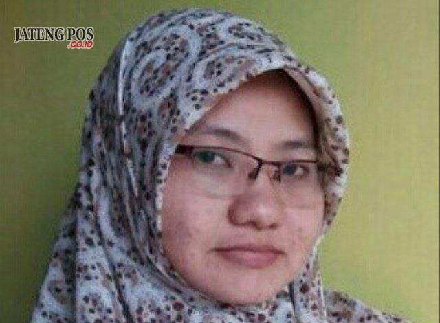 : Puji Dwi Hastuti, S.Pd Guru Kimia Sman 1 Baturetno, Wonogiri