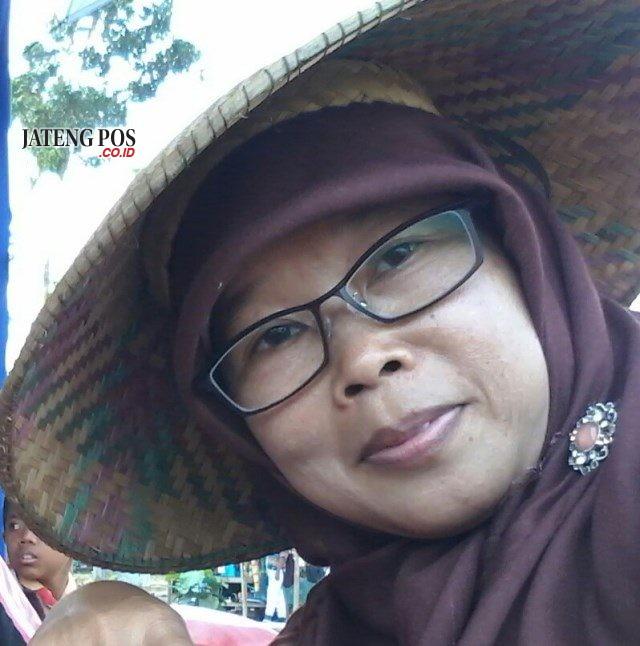 RENI HERNOSASI, S. Pd. SD Guru SDN Banaran 4, Sambungmacan, Sragen