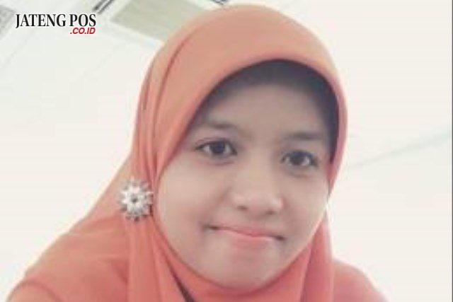 Retno Suminar, S.Pd (Guru SMA Negeri 1 Boja, Kendal)