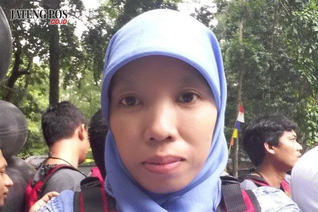 Fitri Wardani Guru Fisika SMK N 1 Mondokan, Sragen
