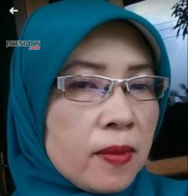 Kasinah, S. Pd., MM Kepala SMP Negeri 35 Purworejo