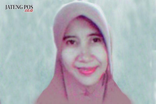 Rahayu Murtiningsih, S.Pd Guru IPA SMK Negeri I Gantiwarno