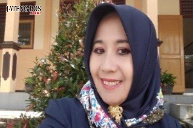 Maria Elita, S.Pt Guru MTs Negeri I Wonosobo