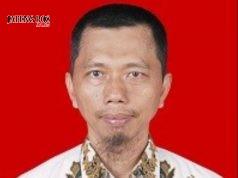 Achmad Yulianto, S.Pd. Guru Bahasa Indonesia SMP Negeri 42 Purworejo