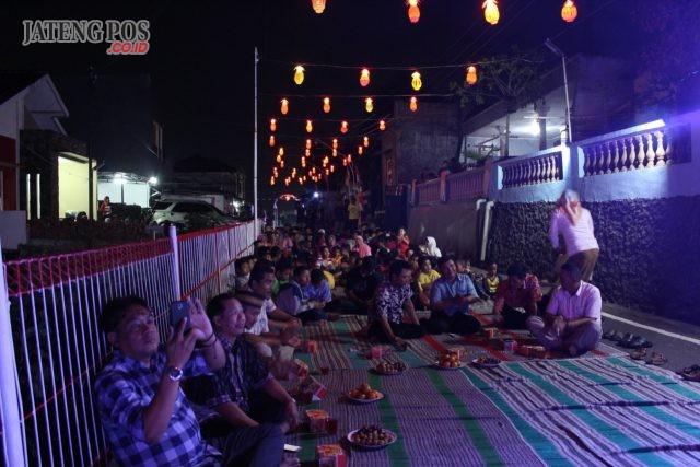 Suasana peresmian kampung tematik mandiri