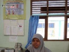 Ester Teguh Fatmasari, S.Pd SMP Negeri 1 Sumberlawang
