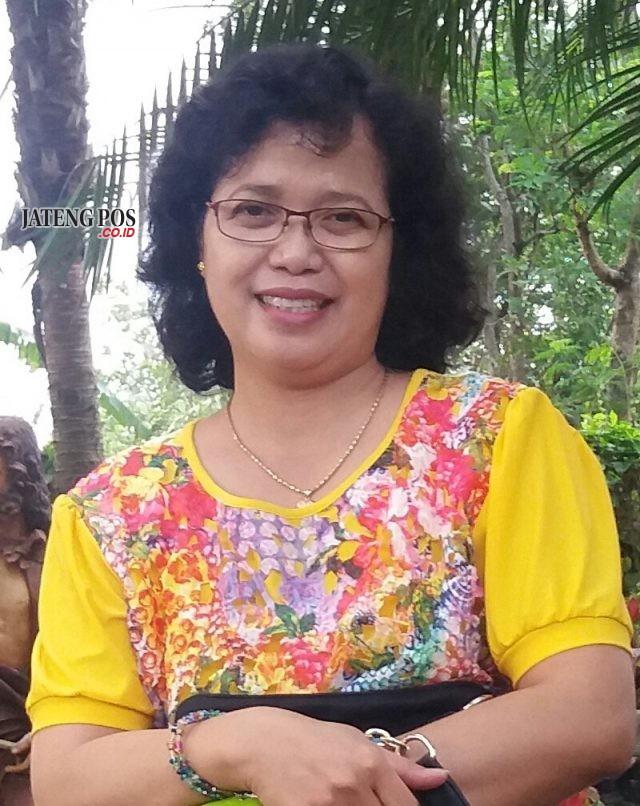 F. Lastri Siwi, S.Pd. Guru IPA SMP Negeri 1 Tembarak, Temanggung-Jawa Tengah