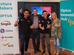 PENGHARGAAN : Pemenang The NextDev Telkomsel, Habibi Garden, berhasil meraih dua penghargaan tingkat Asia Pasifik pada ajang Singtel Group Future Makers 2018 yang diadakan di Sydney, Australia pada 6-9 November 2018. FOTO : IST/ANING KARINDRA/JATENG POS