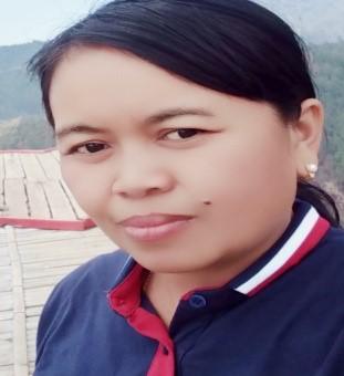 Sri Hartini, S.Pd. (Guru Bahasa Indonesia SMP N 2 Jatipurno, Wonogiri)