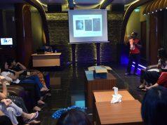 PENYULUHAN: Peserta penyuluhan kesehatan HIV/AIDS Orbit Club, Karaoke & Space Bar, tengah serius mengikuti materi yang diberikan KPA Kota Semarang. Poto : DWI SAMBODO/JATENG POS.