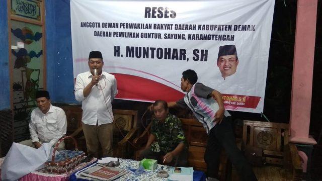 SERAP ASPIRASI: Wakil Ketua DPRD Demak dari Fraksi Partai Gerindra H Muntohar saat melakukan serap aspirasi pada kegiatan reses yang digelar di Desa Sidoarjo Guntur. Adhi pramanto/jateng pos