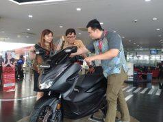 MOTOR MATIC PREMIUM : Konsumen bersama motor matic yang saat ini masih menjadi pilihan favorit masyarakat Jawa Tengah