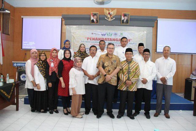 PERJANJIAN : Yayasan Perguruan Tinggi Batik (Yapertib), Rektor Uniba, jajaran Direksi CIMB Niaga Syariah melakukan perjanjian kerja sama virtual account.