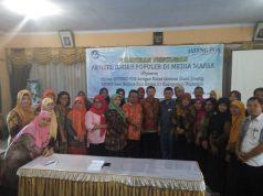 PELATIHAN : Musyawarah Guru Mata Pelajaran (MGMP) Seni Budaya SMP Kabupaten Wonogiri mengikuti pelatihan penulisan artikel ilmiah populer di media massa Minggu (10/2) di RM Saraswati, Wonogiri.