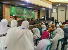 Bu Nyai Se-Tapal Kuda Deklarasi Dukung Jokowi - KMA