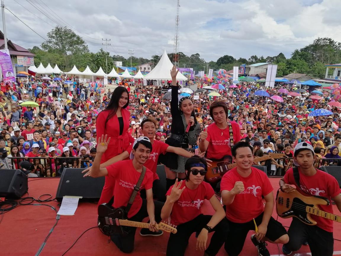 Festival Crossborder Aruk 2019 tarik 4.154 WNA ke perbatasan. Foto: Jatengpos.com