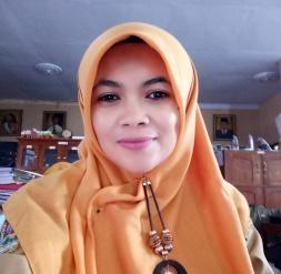 Hidayati Nafi'ah, S.Pd Guru Bahasa Jawa SMP Negeri 1 Kaloran Temanggung