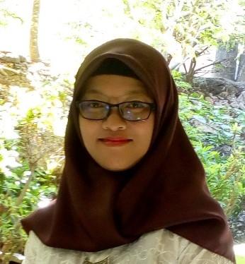 Esti Widiawati, S.Si Guru SMP Negeri 1 Klambu
