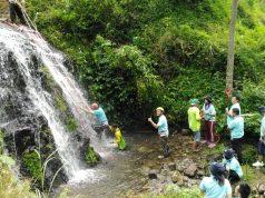 OUTBOND: Peserta 9th Forum Finance Archipelago menikmati keindahan wisata alam Umbul Sidomukti
