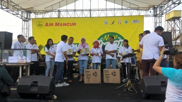 GATHERING: Gathering Air Mancur dengan mitra se-Jawa di pabrik Air Mancur Karanganyar.