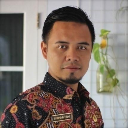 AHMAD AFRONI, S.Pd.SD Guru SDN 04 Majakerta, Kec. Watukumpul, Kab. Pemalang