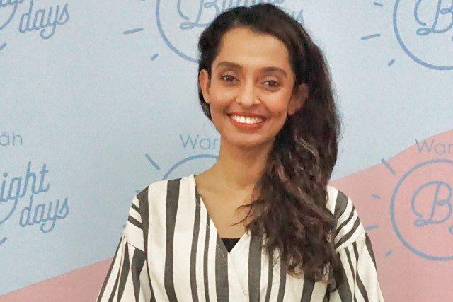 PROFESIONAL: Sha¿ ra Umm presenter dan aktris profesional.