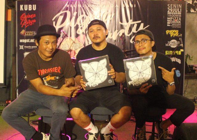 ALBUM ANYAR : Dua dekade Pyong-Pyong, band punk Semarang luncurkan album anyar Pigza. Foto : DWI SAMBODO/JATENG POS.