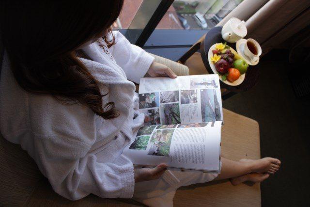 SPESIAL PAKET: Pelanggan tengah menikmati fasilitas paket spesial yang ditawarkan PO Hotel Semarang.