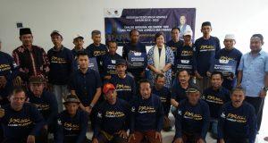 DIALOG: Anggota DPR RI Fraksi Nasdem, Lestari Moerdijat bersama kelompok tani Jepara yang mengikuti dialog. Foto: istimewa
