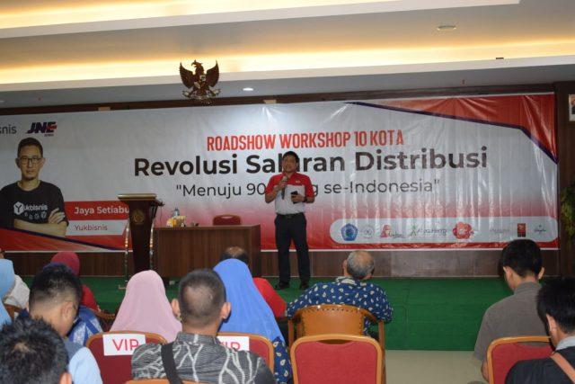 WORKSHOP- JNE bekerja sama dengan YukBisnis menggelar seminar 'Revolusi Saluran Distribusi', di Aula Fakultas Kedokteran Kampus Universitas Muhammadiyah Semarang, Jl. Kedung Mundu Semarang, Kamis (13/2/2020). FOTO : IST/ANING KARINDRA/JATENG POS