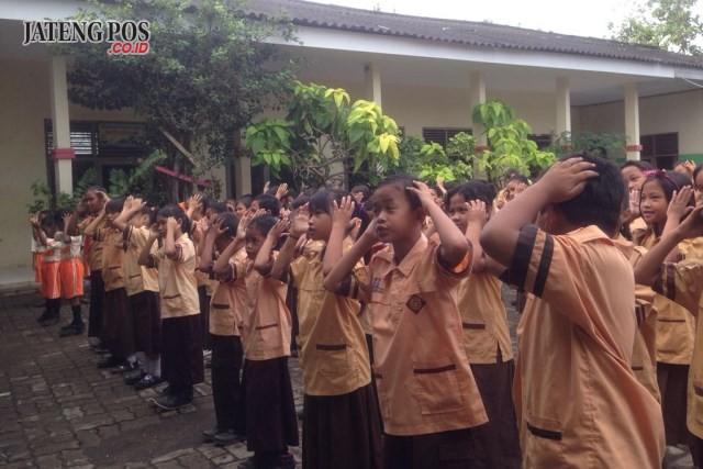 PPK PAGI: Semangat Kamis anak anak menyanyikan lagu Jawa. Selamat dan sukses.