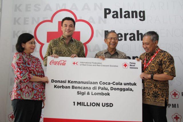 Penyerahan Donasi Coca-Cola kepada Palang Merah Indonesia (2)