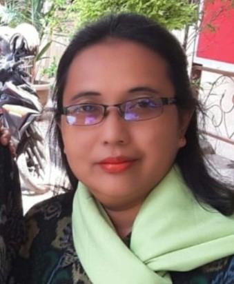 Kristiyanti, S. Pd Guru Matematika SMA Negeri 3 Tegal