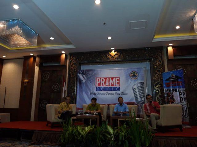 DIALOG BARENG PARLEMEN: Wakil Ketua DPRD Jateng (dua dari kanan) dalam dialog bareng parlemen dengan tajuk