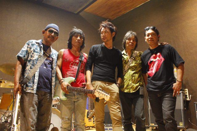 KOMPAK: Java Stones band gaek rock n roll asal Semarang tampil maksimal bersama dua personil barunya